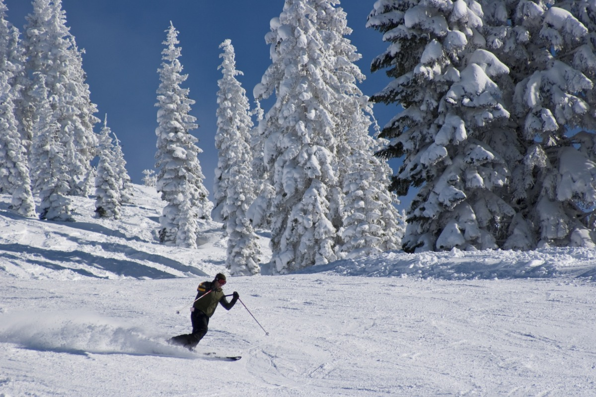 Man skiing at Mt Shasta Ski Park.