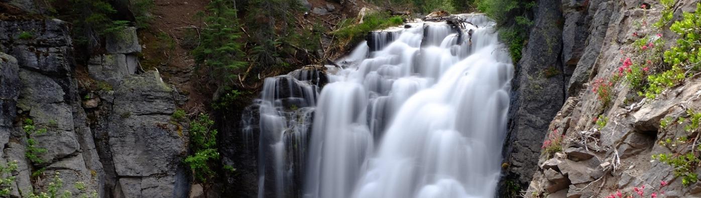 Kings Creek Falls